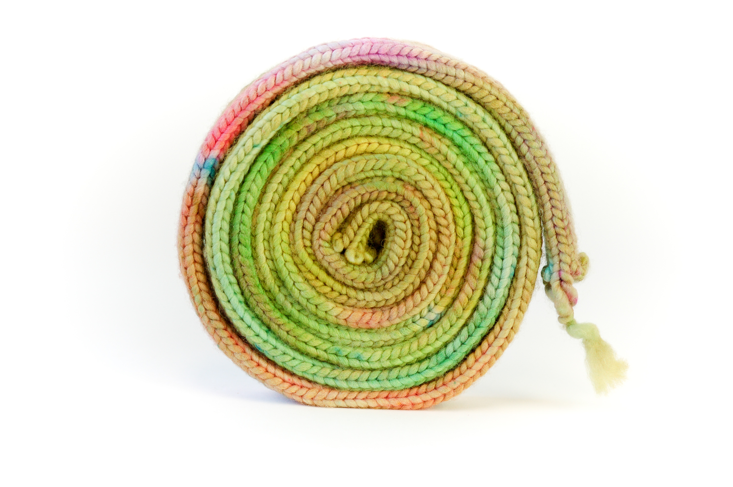 https://www.makersmercantile.com/shop/Yarn/Kinky-Yarn/p/Kinky-Yarn-Dyeing-Technique-Easter-Egg-Dye-Tablets-x40083340.htm